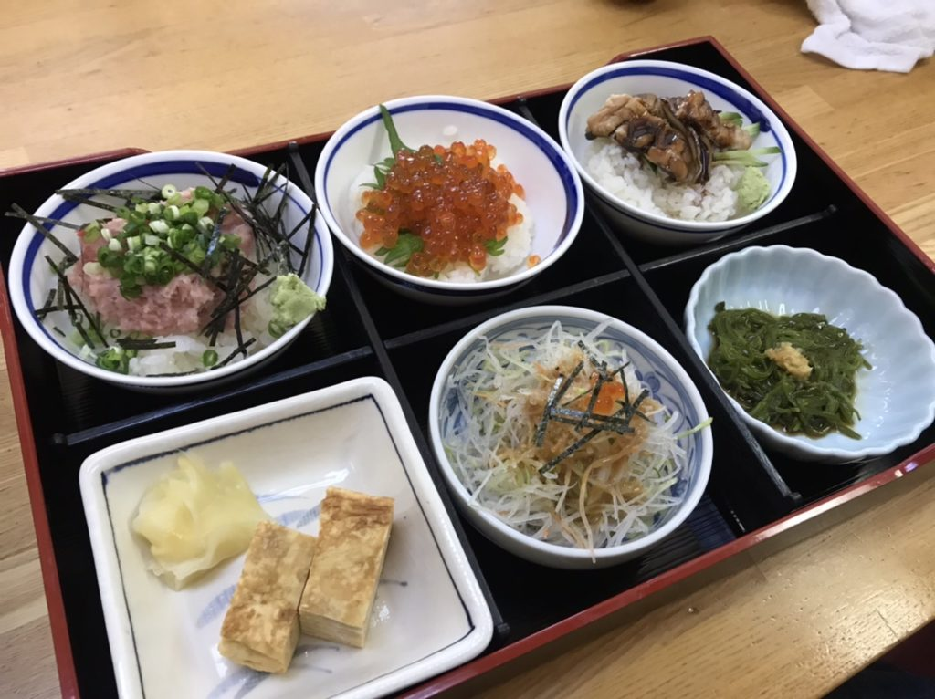 湯島寿司のランチメニュー!ミニ丼セット!