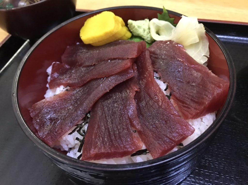 湯島寿司のランチメニュー!鉄火丼!