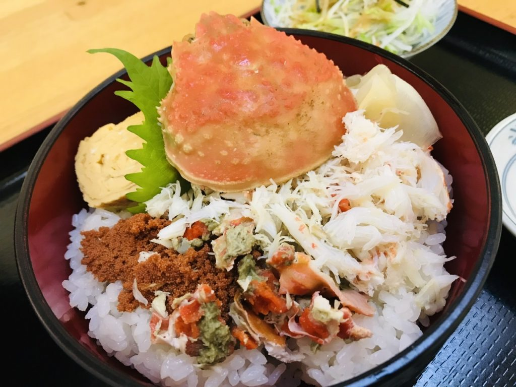 湯島寿司のランチメニュー!季節限定セイコ蟹丼!