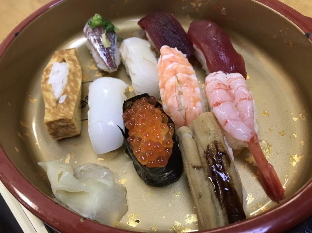 湯島寿司のランチメニュー!にぎり10かん!