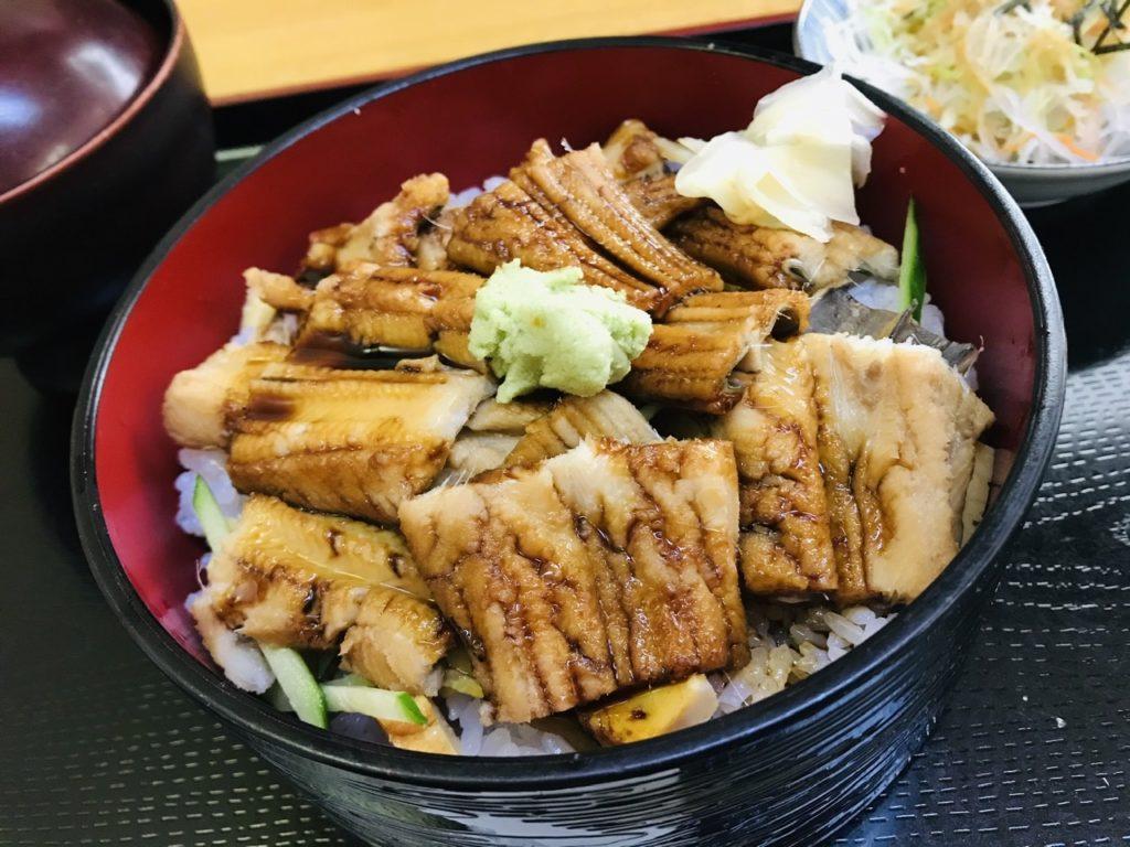 湯島寿司のランチメニューを全品紹介!1日限定4食のカマトロ丼は食べるべし!アナゴ丼!